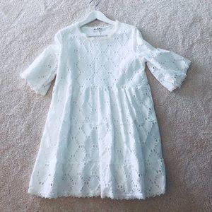 Dresses & Skirts - Beautiful lace maternity dress